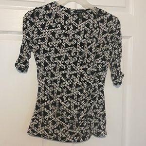 Style and company size PM faux wrap top